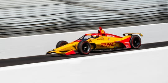 Andretti Autosport driver Ryan Hunter-Reay (28) speeds down the main straightaway during qualifying for the 104th Indianapolis 500 at Indianapolis Motor Speedway on Saturday, Aug. 15, 2020.