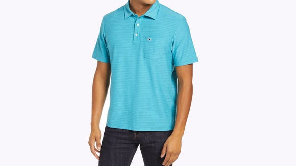 This sharp polo is perfectly suited for summer days.
