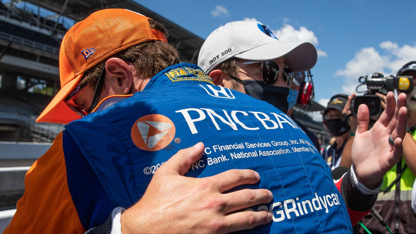 Despite Josef Newgarden's victory, Scott Dixon holds on for Ganassi driver's sixth IndyCar title