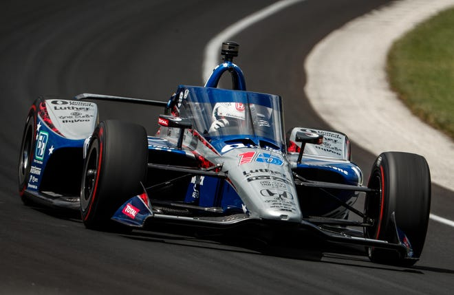 Rahal Letterman Lanigan Racing driver Graham Rahal (15) goes through turn one during the Fast Nine Shootout qualifying for the 104th Indianapolis 500 at Indianapolis Motor Speedway on Sunday, Aug. 16, 2020.