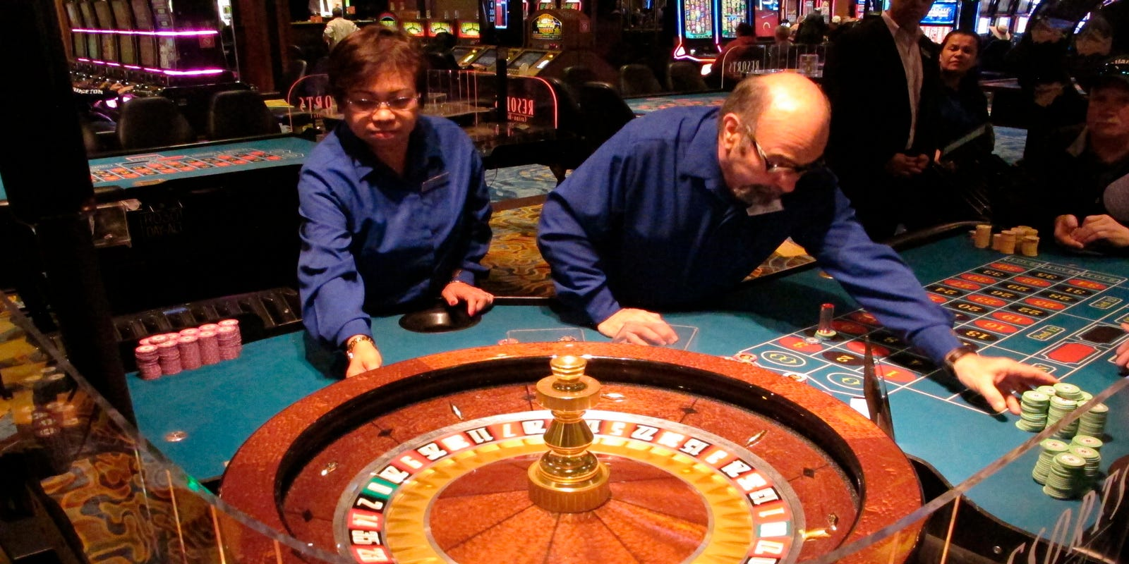 NJ casinos take 21% decline in revenue since reopening last month