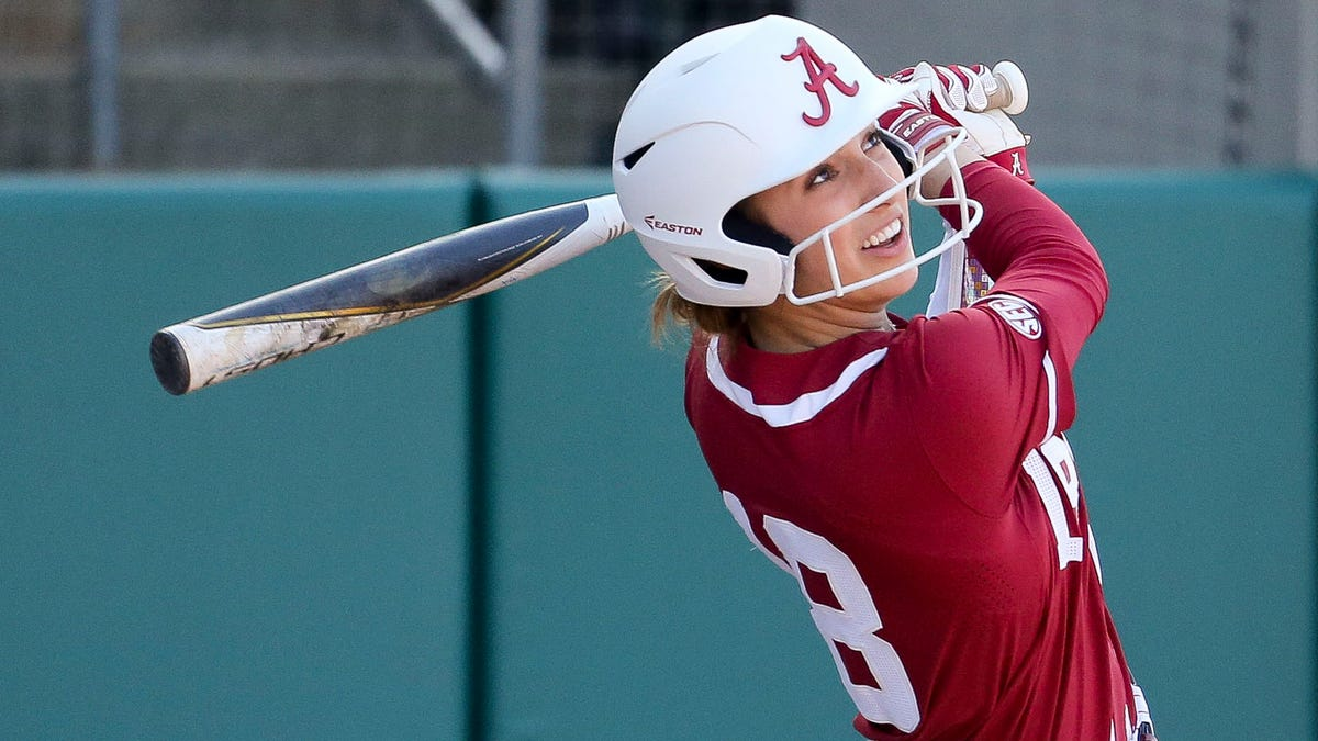 Jenna Johnson: A look at the Alabama Crimson Tide softball outfielder