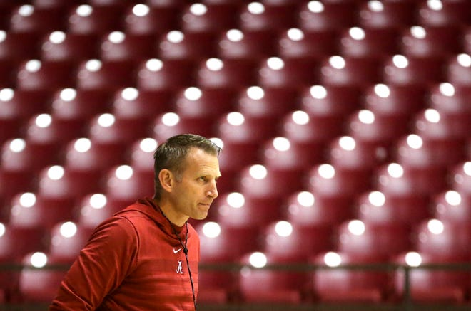 Alabama Head Coach Nate Oats watches his team work during practice for the Alabama men's basketball team Wednesday, Oct. 16, 2019. [Staff Photo/Gary Cosby Jr.]