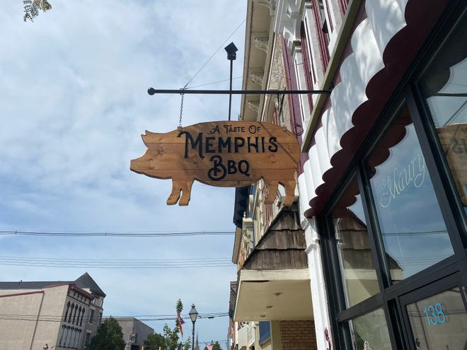 The eatery, located at 138 South Main Street in downtown Marion, serves classic southern dishes such as ribs, brisket, baked beans and coleslaw. A Taste of Memphis had soft openings August 8 and 9, with an official opening August 13.