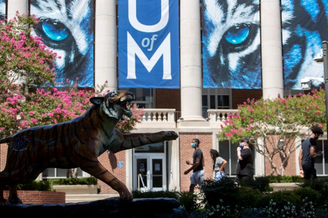 Students return to the University of Memphis campus on Monday, Aug. 17, 2020.