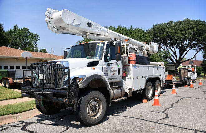 Tuesday's power outages resulted from equipment problems, not heat or grid failure.