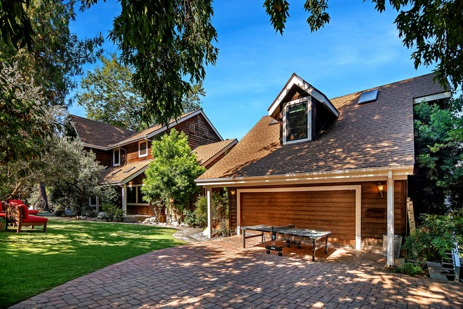 It's no beet farm, but Rainn Wilson's Agoura Hills, California, house, listed for $1.699 million, features a rustic charm complete with some barns. The three-bedroom house has about 3,300 square feet of living space, a family room with a brick fireplace and an updated kitchen.