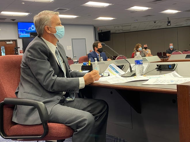 Sarasota County School District Superintendent Brennan Asplen speaks with board members during a workshop Tuesday afternoon.