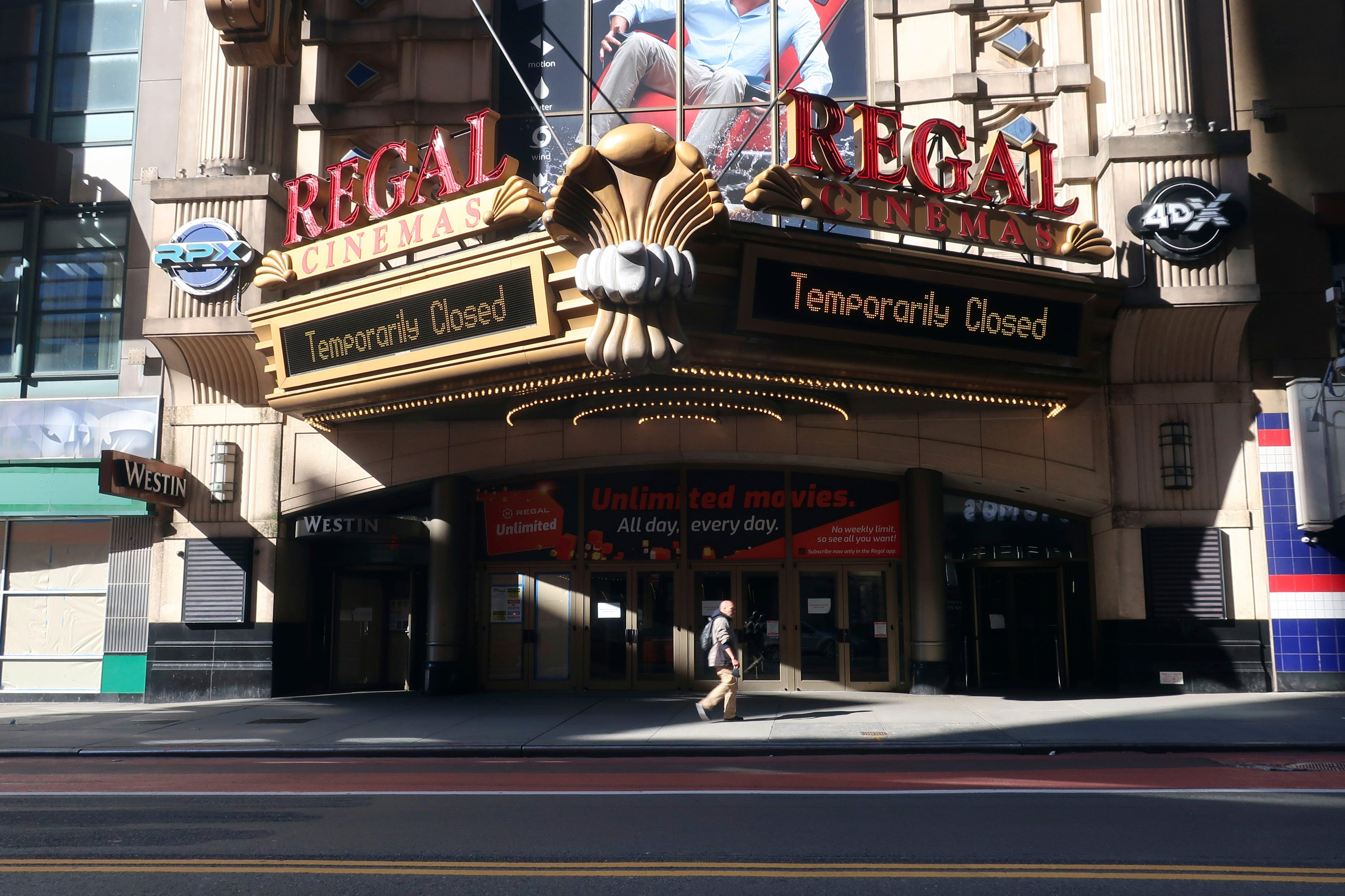 Sarasota Bradenton Regal Amc Movie Theaters Set To Reopen
