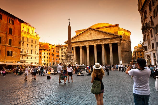 Rome's Pantheon. [Dominic Arizona Bonuccelli/Rick Steves' Europe]