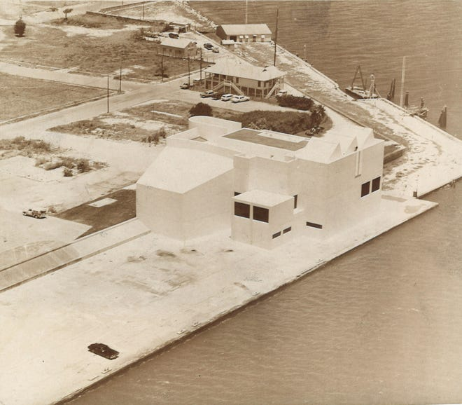 The new Art Museum of South Texas in June 1972 as construction wrapped up on the interior of the building. The museum opened in October.