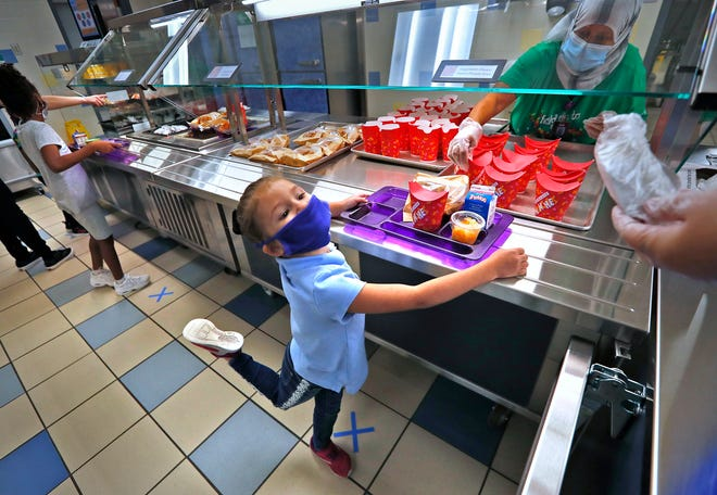 Students in Wisconsin Public Schools will received free breakfasts and lunches through December 31, the USDA announced this week.