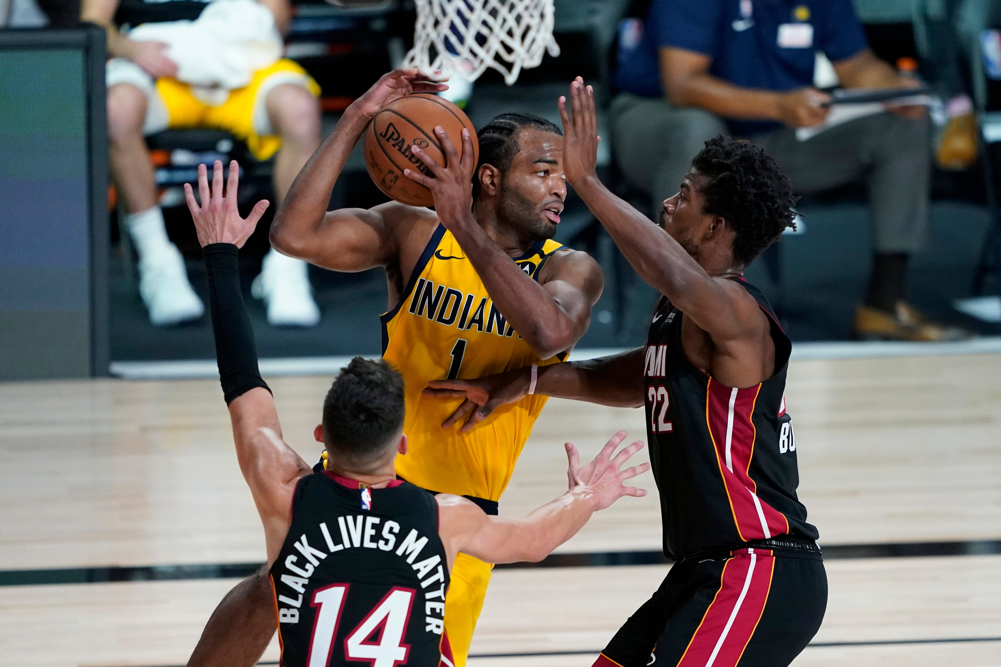 Nba Playoffs 2020 Live Updates Of Pacers Vs Heat Game 1