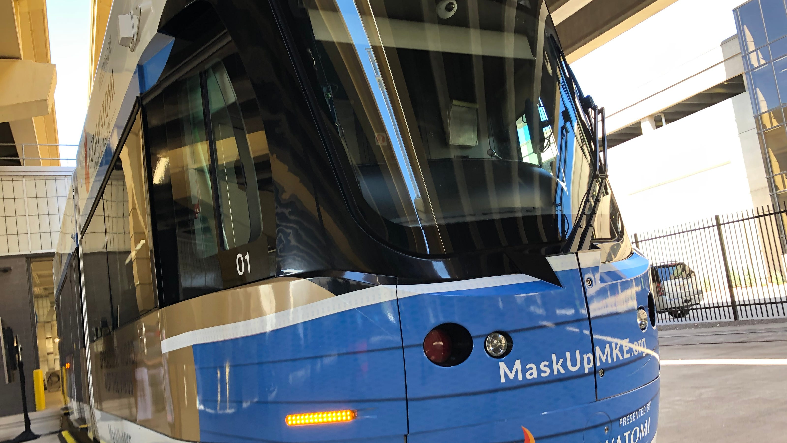 Milwaukee streetcar The Hop is now providing masks to riders