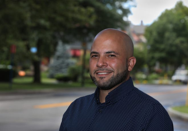 Orlando Ortiz is the recipient of the Minett Diversity Professorship at the Rochester Institute of Technology.