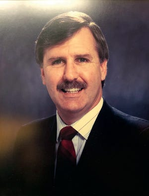 Former Simi Valley mayor Greg Stratton died Monday, Aug. 17, 2020. Stratton served as mayor from 1986 to 1998.