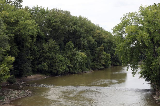 The city of Zanesville expects to apply for a grant to help purchase property on the south bank of the Licking River near downtown Zanesville to create a park.