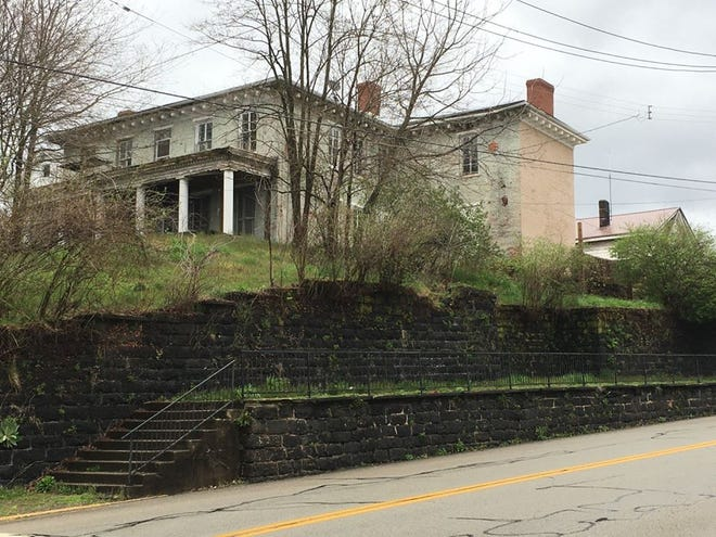 The New Brighton Historical Society entered into an agreement to buy the Townsend House on 13th Street and Seventh Avenue.