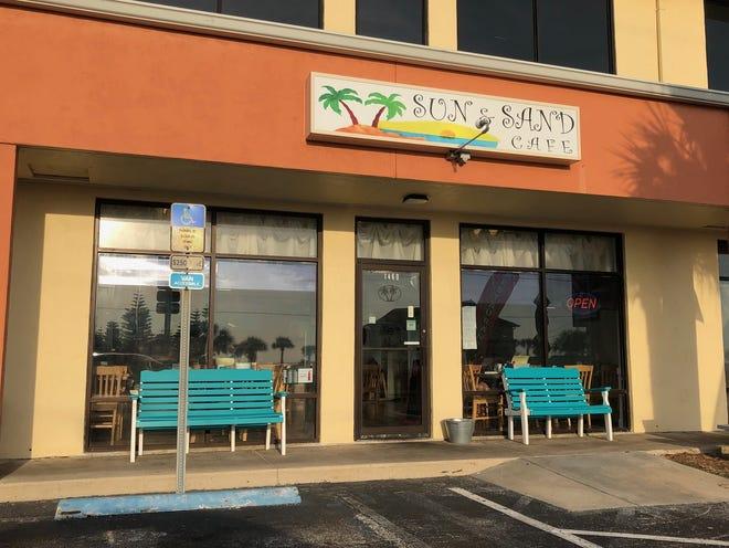 Sun & Sand Cafe, Ormond-by-the-Sea.