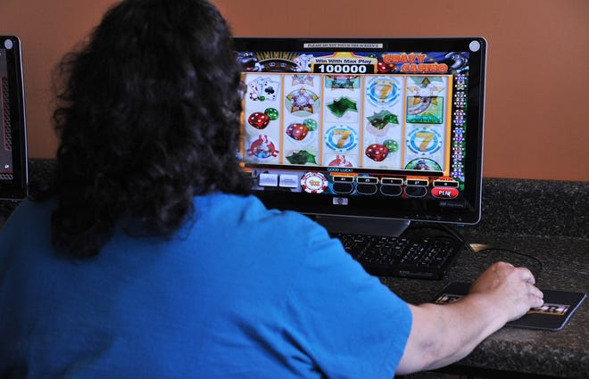 "Internet cafe owners had challenged a Jacksonville law banning their use of ""simulated gambling devices"" like the game shown in this 2013 photo."