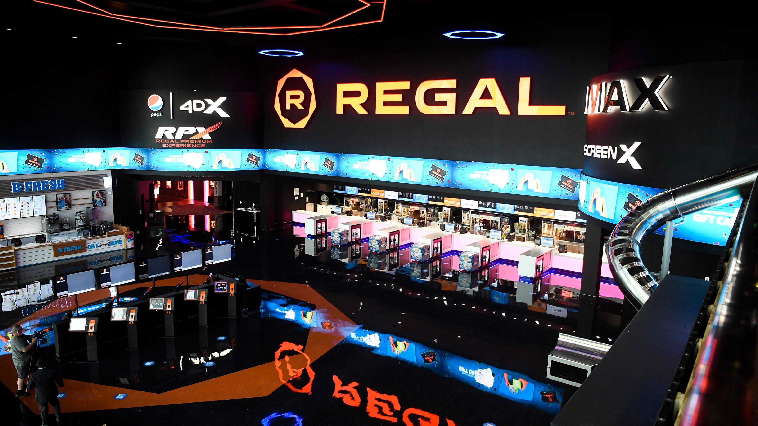 regal pinnacle turkey creek movie theater gets modern renovation regal pinnacle turkey creek movie