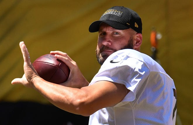 Pittsburgh Steelers quarterback Ben Roethlisberger drops back to pass during practice Monday, Aug. 17, 2020, at Heinz Field in Pittsburgh. (Peter Diana/Pittsburgh Post-Gazette via AP)
