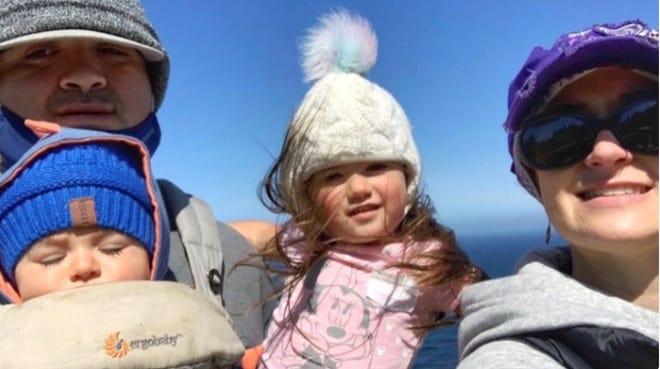 La familia Ruiz perdió su casa en el incendio River, pero una página de GoFundMe busca ayudarles a recaudar fondos.