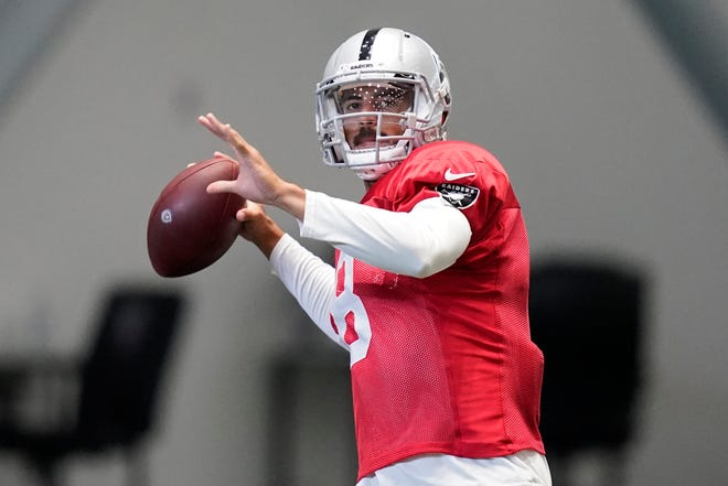 Marcus Mariota is with the Las Vegas Raiders this season after the former Oregon star lost his starting job in Tennessee last season. [AP Photo/John Locher, Pool]