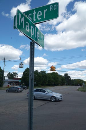Maple Road between Franklin and Inkster is scheduled to close this coming week.