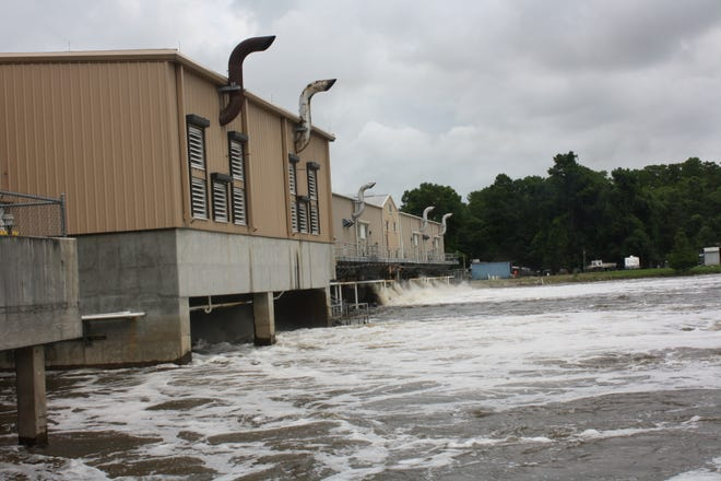 Ascension Parish President Clint Cointment ordered the closure of the waterway gates at the Marvin Braud Pumping Station at 11 a.m. today.