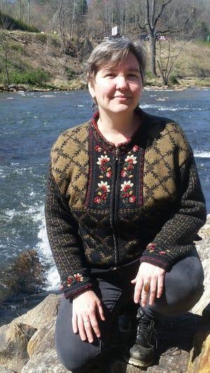 Gail Lazaras