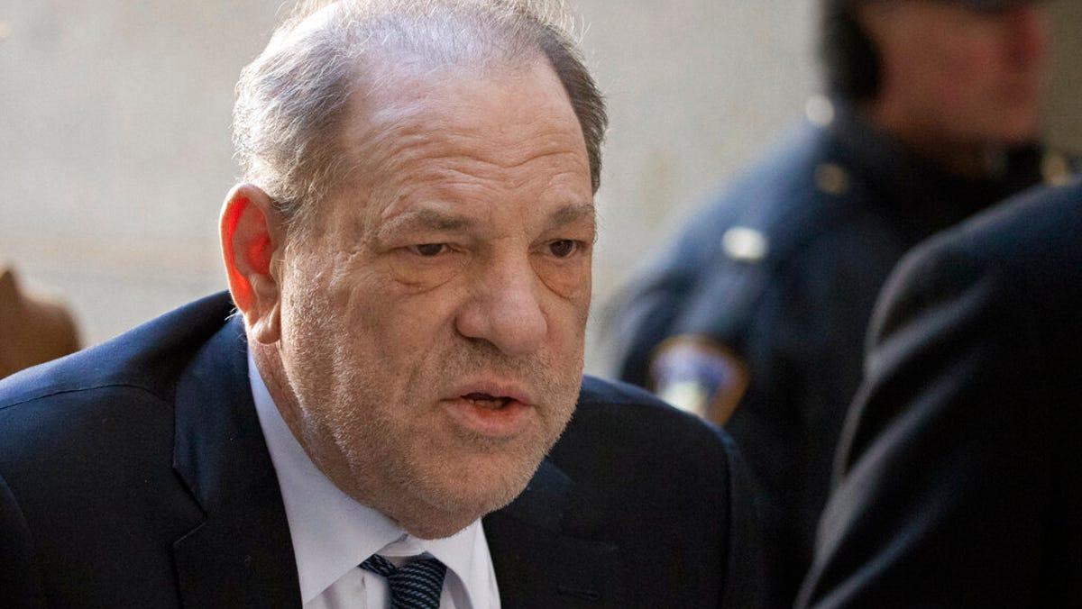 Weinstein sues lawyer Jose Baez, seeks return of $1M in fees 1