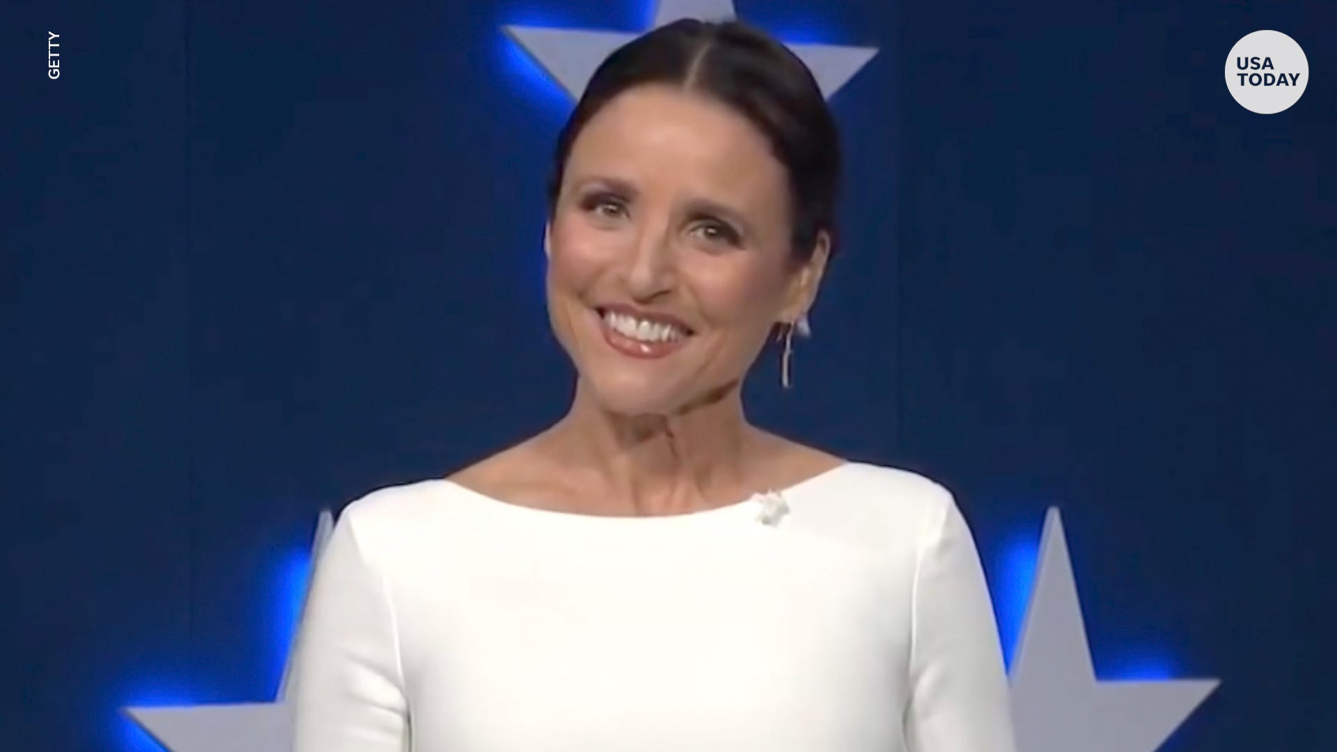Julia Louis-Dreyfus spoofs Rudy Giuliani while announcing  Veep  virtual table read