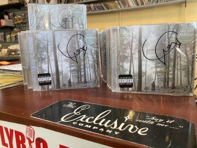 Taylor Swift Folklore Fan Gets Box Of Signed Cds Then Returns Them
