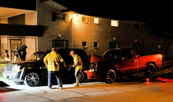 Wichita Falls police responded to a reported injury accident Friday night on Tenth Street.