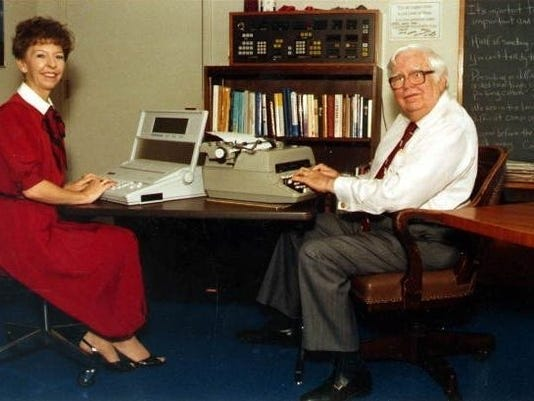 Joan and Allen Morris at work on the Florida Handbook in 1990. [Florida Photographic Collection]