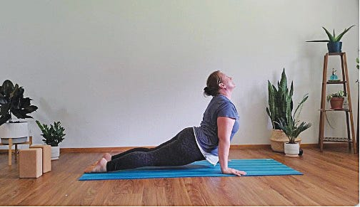 Jessica Mounts of Pratt teaches the vinyasa flow method of yoga online and is accepting new students at this time.