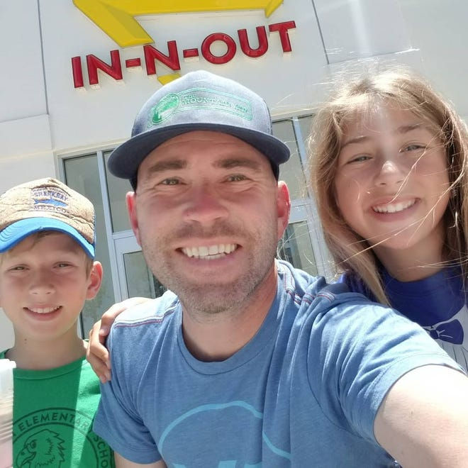 Sam Vonderheide and his children are on a road trip to visit all 348 In-N-Out Burger restaurants located in California, Arizona, Nevada, Oregon, Utah and Texas.