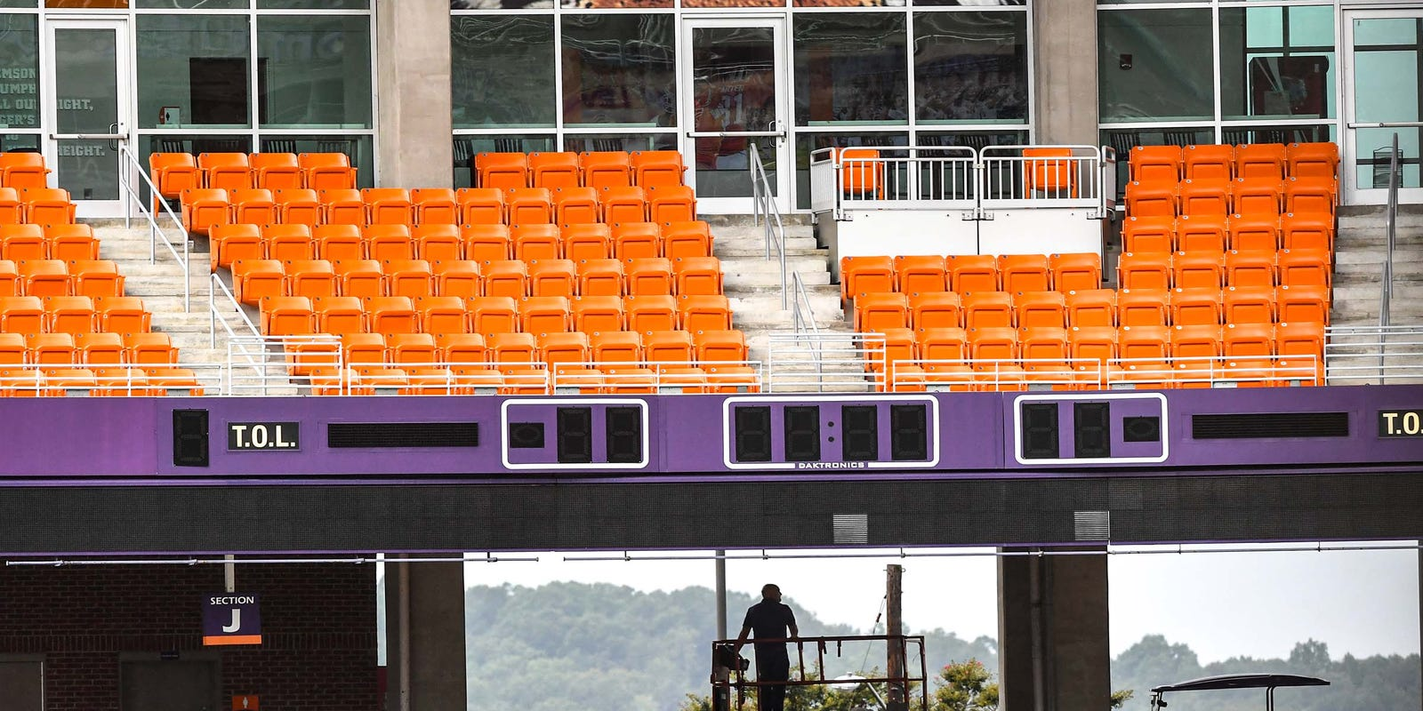 In A Pandemic Single Game Tickets Tailgating Take Hits At Clemson