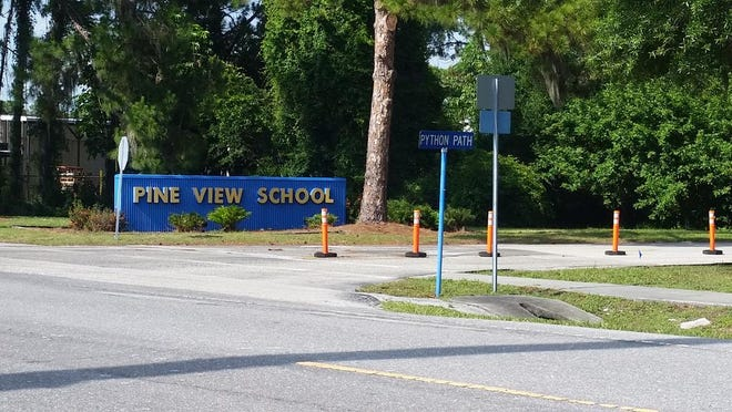 Entrance to Pine View School, in Osprey.