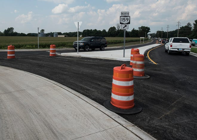 Traffic runs fairly smooth as the roundabout connecting 207 and 159 is officially opened this week to help keep traffic moving and make the intersection safer. The Ross 207 extension project will connect Ohio 159 to 104 north of Chillicothe with a new, two-lane roadway and roundabouts.