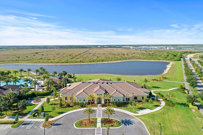 At Del Webb Naples, the new Grand Hall further enhances the community's amenities with an expansive social hall space and catering kitchen, a veranda for alfresco socialization, card and game rooms.