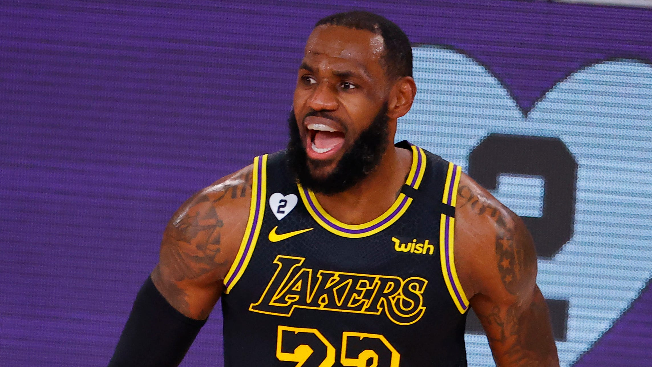 Lakers Rout Blazers In Game 4 With Inspiration From Kobe Bryant