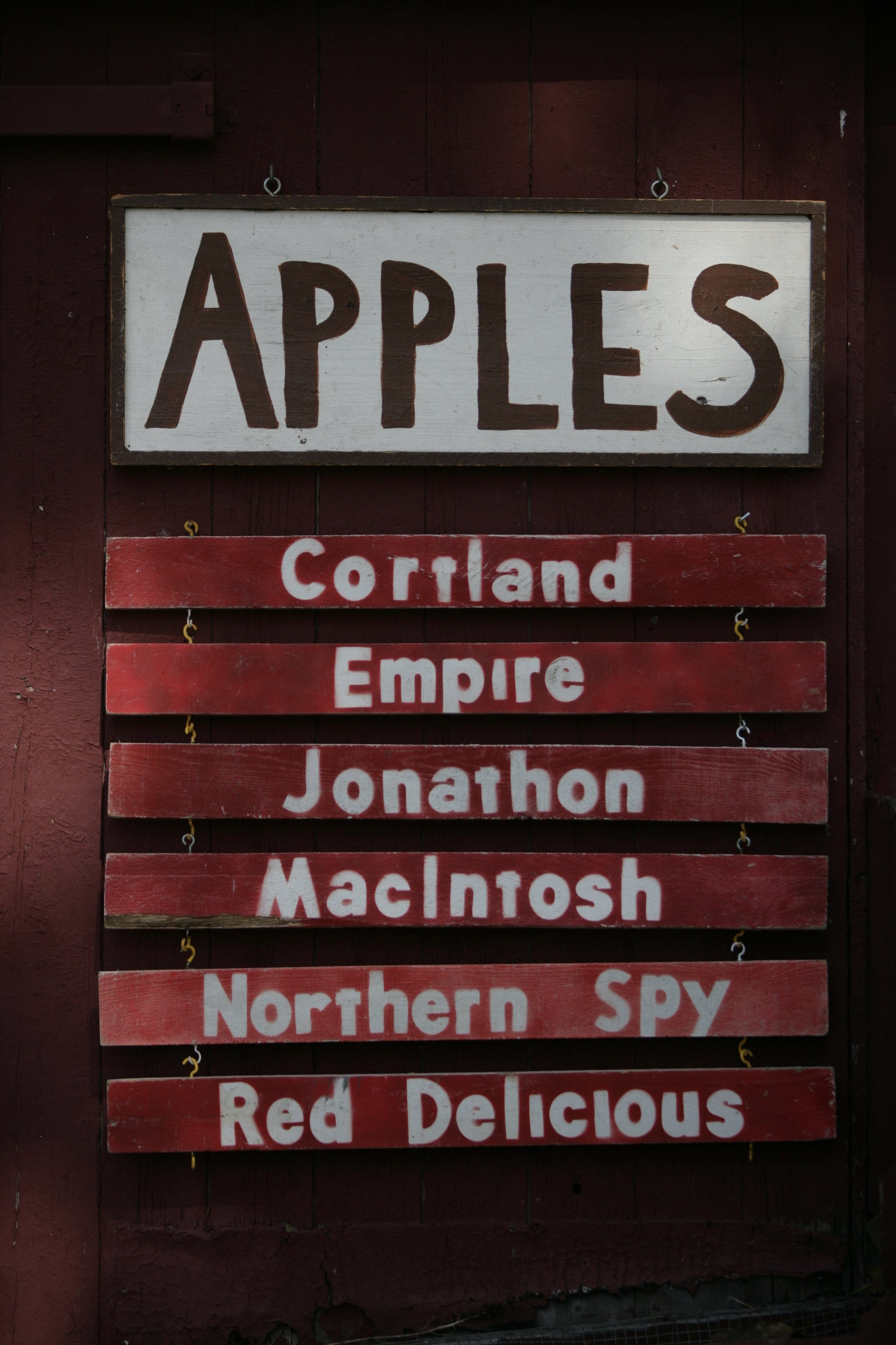 A list of different varieties of apples at the Dexter Cider Mill in 2007.