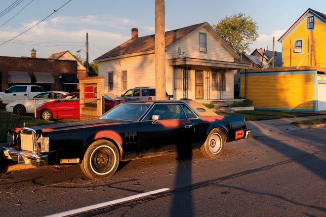 Fotografer Prancis Elene Usdin jatuh cinta dengan Detroit, dan khususnya lingkungan Woodbridge di sebelah barat Negara Bagian Wayne.