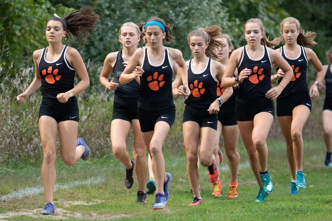 Brighton returns its varsity lineup intact from a team that placed fourth in the state Division 1 girls cross country meet in 2019.