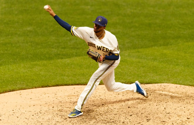 Brewers reliever Devin Williams continued his stellar pitching with a 1-2-3 eighth inning against the Reds with two strikeouts.