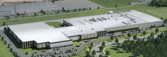 Natural pet food maker Stella & Chewy's plans to nearly double the size of its Oak Creek headquarters.