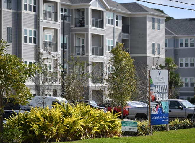 Volaris Live Oak apartments on Cattlemen Road in Sarasota. Starting Sept. 8, Sarasota County will provide up to $695,069 in coronavirus relief funds for renters from the Florida housing finance corporation.