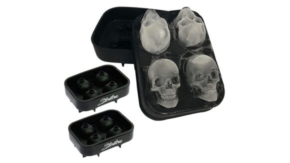 This skull mode is great for ice cubes, chocolate and even soap.